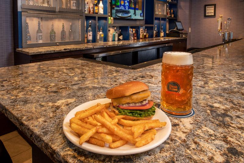 Four Points Philadelphia City Center-Cherry Lounge Restaurant & Bar - Burger<br/>Image from Leonardo