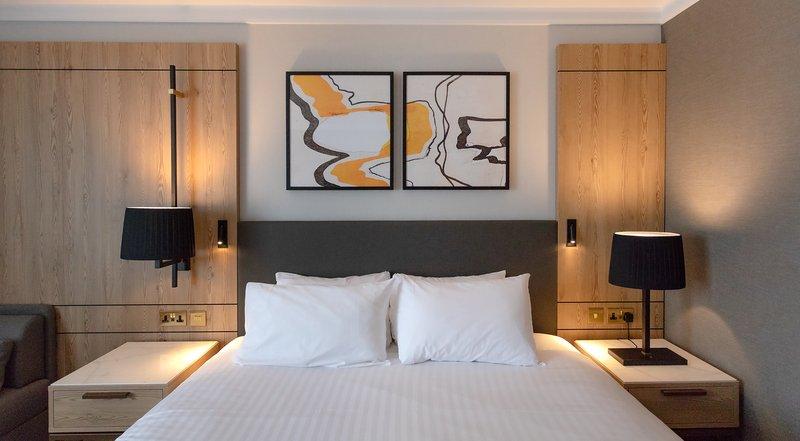 Crowne Plaza Marlow-Pillow Menus<br/>Image from Leonardo