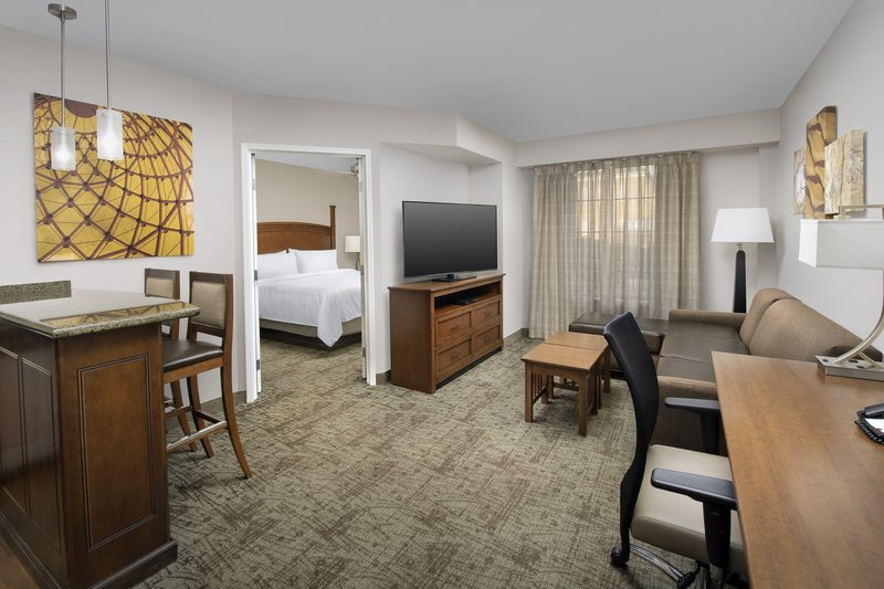 Staybridge Suites Columbia-Staybridge Suites has ample space designed for extended stay<br/>Image from Leonardo
