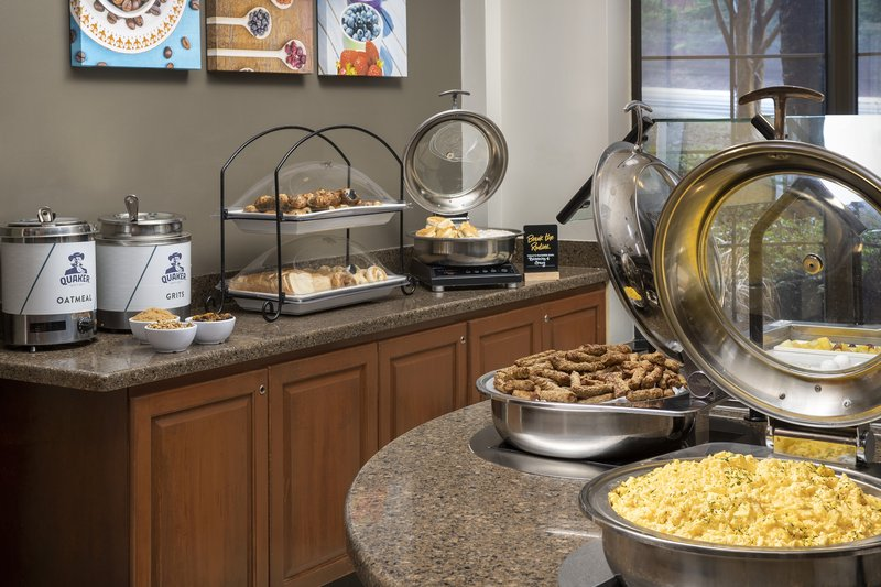 Staybridge Suites Columbia-Staybridge Suites offers a full hot buffet breakfast daily<br/>Image from Leonardo