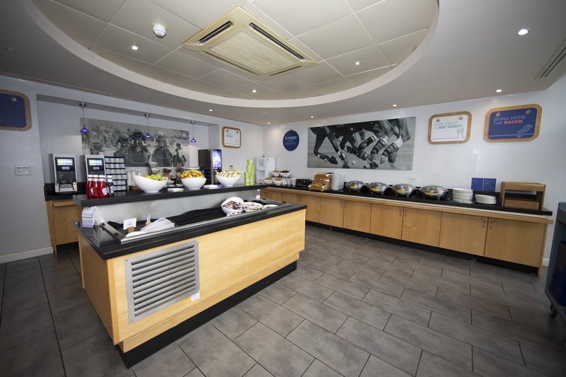 Holiday Inn Express Chester Racecourse-Breakfast Area<br/>Image from Leonardo