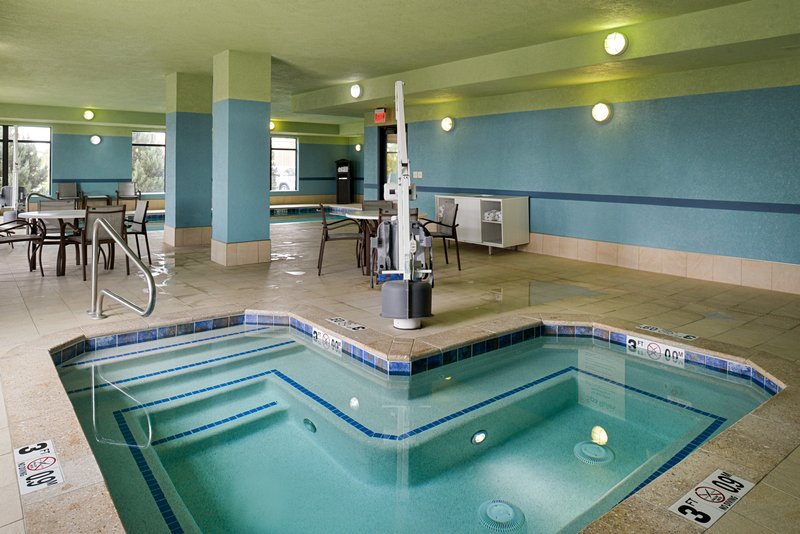 Holiday Inn Express & Suites Pueblo North-Spa<br/>Image from Leonardo