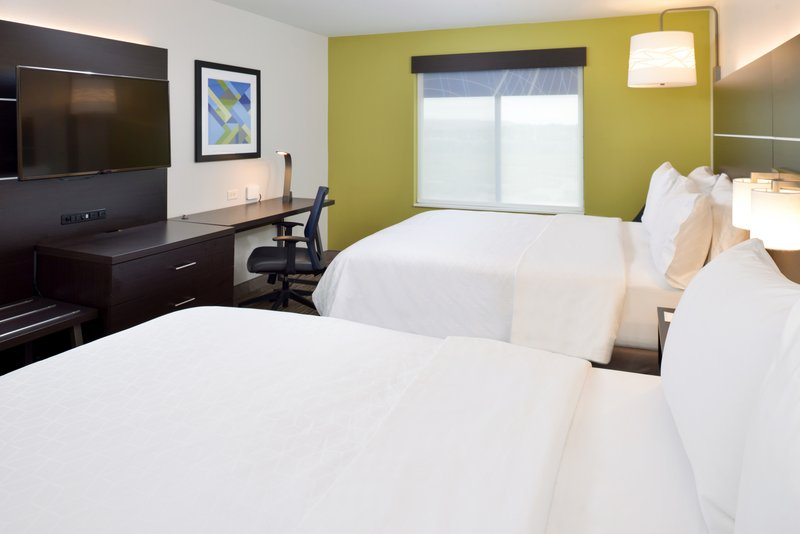 Holiday Inn Express & Suites Pueblo North-Guest Room<br/>Image from Leonardo