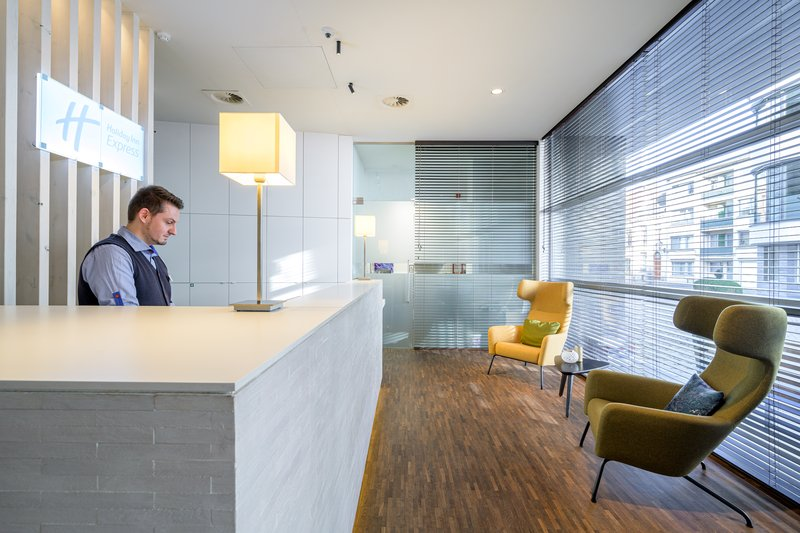 Holiday Inn Express Mechelen City Centre-Reception<br/>Image from Leonardo