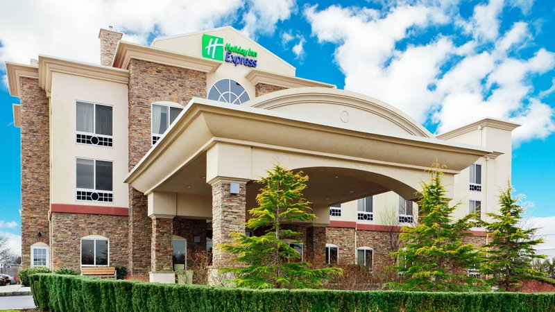 Holiday Inn Express & Suites Long Island-East End-Hotel Exterior<br/>Image from Leonardo