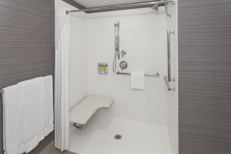 Holiday Inn Express & Suites Long Island-East End-ADA Roll-in showers available<br/>Image from Leonardo