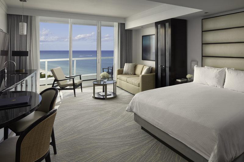 Fontainebleau Miami Beach - Sorrento Junior Suite OV <br/>Image from Leonardo