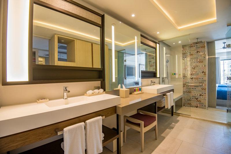 Hyatt Zilara Cap Cana  - Junior Suite Double Bathroom <br/>Image from Leonardo