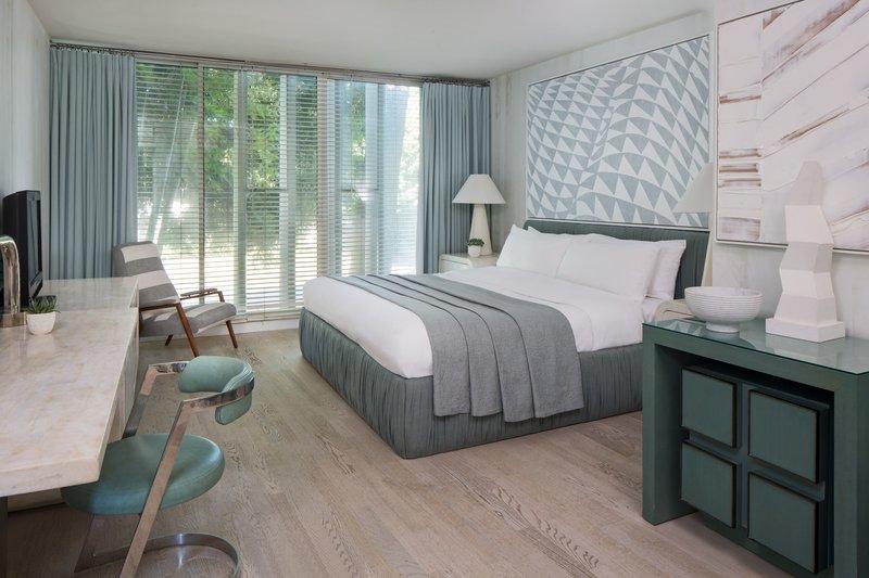 Avalon Hotel Beverly Hills-Deluxe King<br/>Image from Leonardo