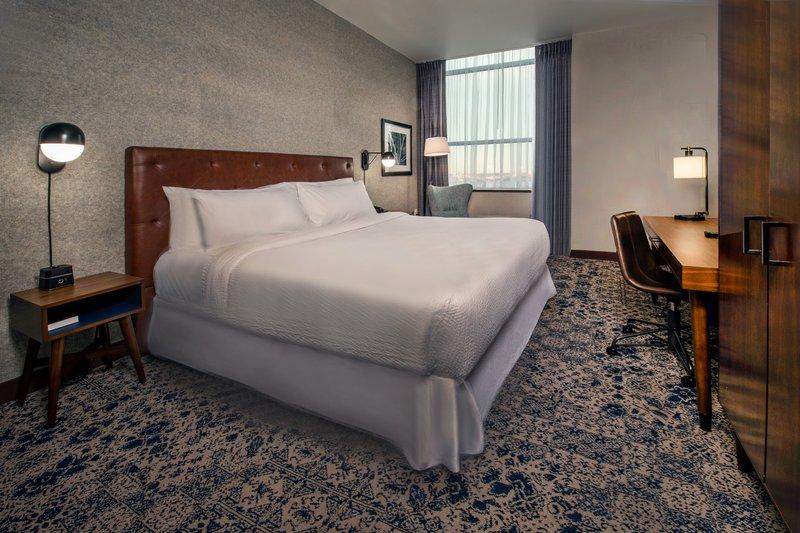 Four Points Philadelphia City Center-King Guest Room<br/>Image from Leonardo