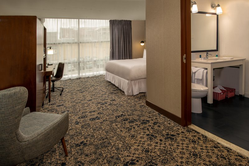 Four Points Philadelphia City Center-King Accessible Guest Room<br/>Image from Leonardo