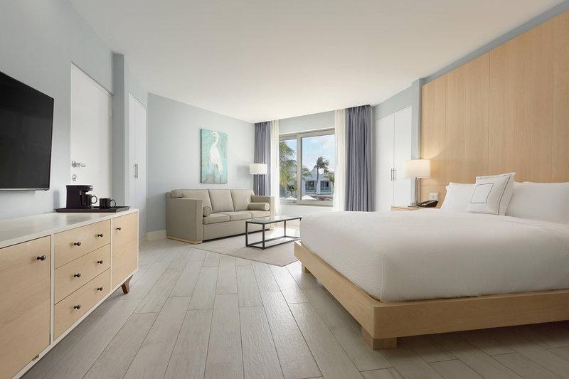 Courtyard Aruba Resort-King Guest Room<br/>Image from Leonardo