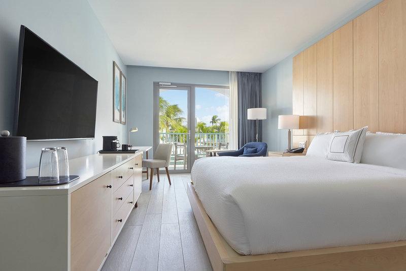 Courtyard Aruba Resort-King Guest Room - Pool View & Balcony<br/>Image from Leonardo
