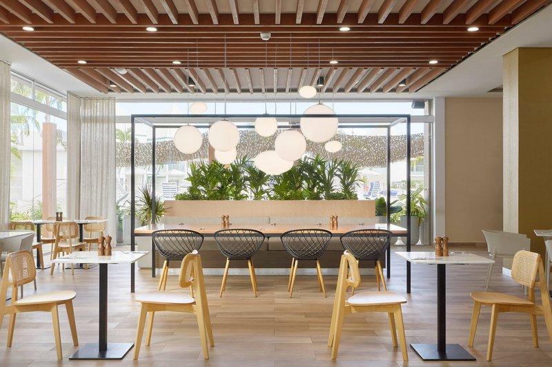 Courtyard Aruba Resort-Allegra Sitting Area<br/>Image from Leonardo
