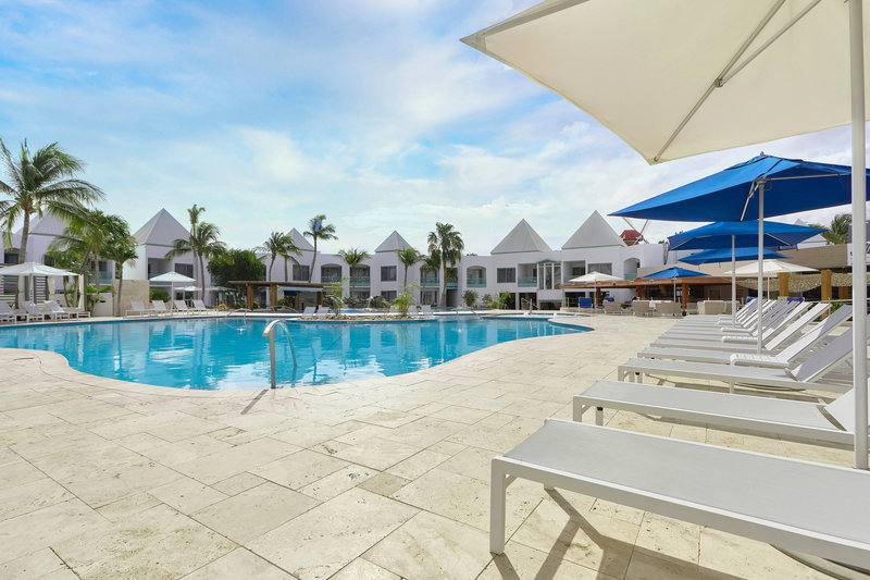 Courtyard Aruba Resort-Outdoor Pool - Pool Chairs<br/>Image from Leonardo