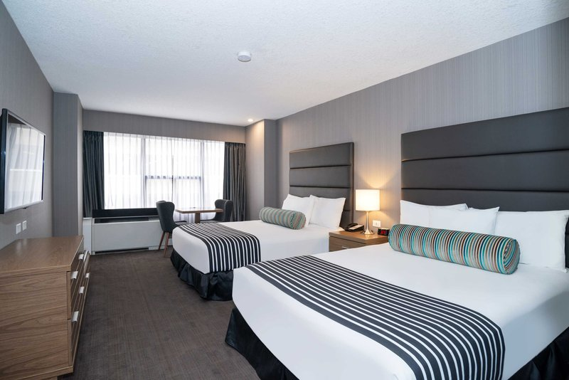 Sandman Hotel Calgary City Ctr-Corporate 2 Queens Room<br/>Image from Leonardo
