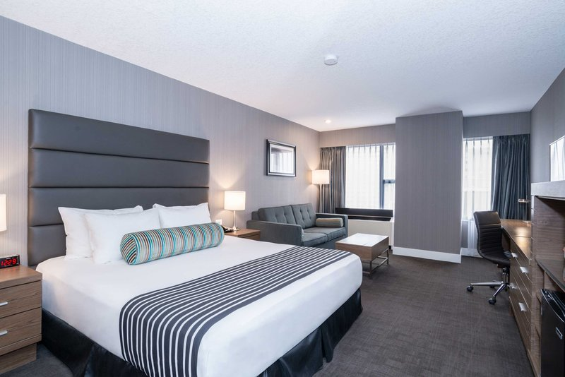 Sandman Hotel Calgary City Ctr-Corporate King Room + Sofa Bed<br/>Image from Leonardo
