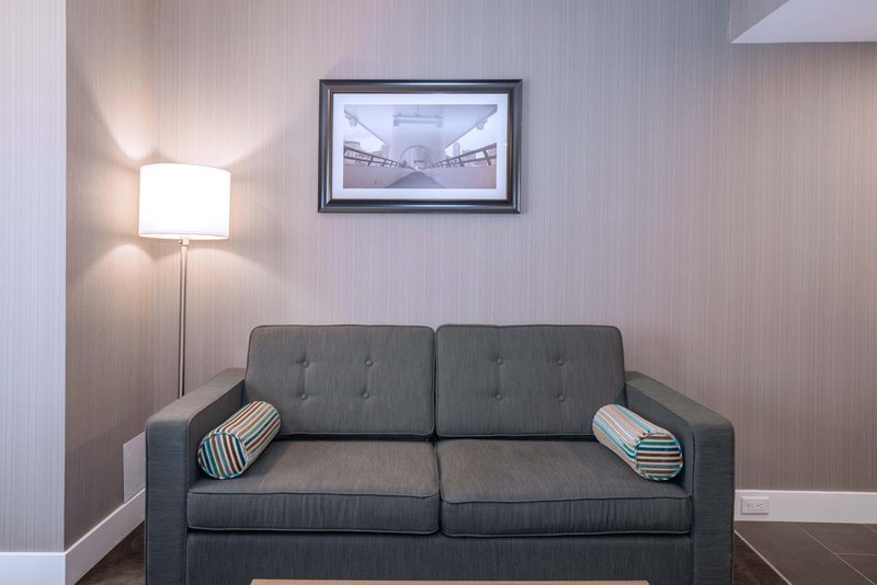 Sandman Hotel Calgary City Ctr-Corporate King Suite + Sofa Bed<br/>Image from Leonardo
