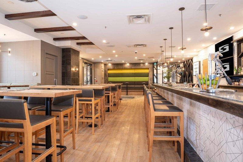 Sandman Hotel Calgary City Ctr-Moxie's Grill & Bar<br/>Image from Leonardo