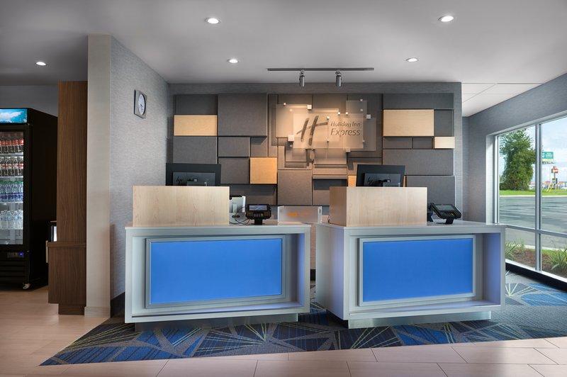 Holiday Inn Express Lake Park-Front Desk<br/>Image from Leonardo