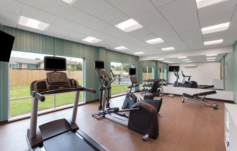 Holiday Inn Express Lake Park-Fitness Center<br/>Image from Leonardo