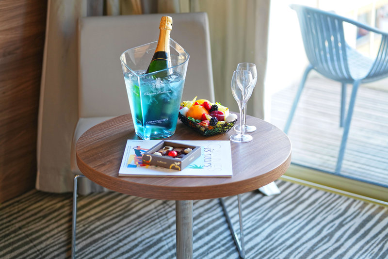Holiday Inn Cannes-Enjoy your room service<br/>Image from Leonardo