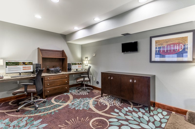Staybridge Suites Davenport-Business Center<br/>Image from Leonardo