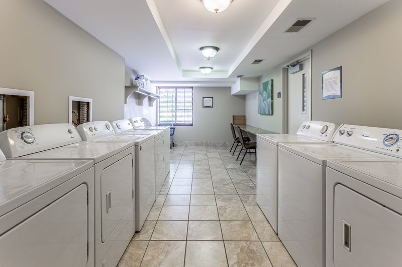 Staybridge Suites Davenport-Laundry Facility<br/>Image from Leonardo