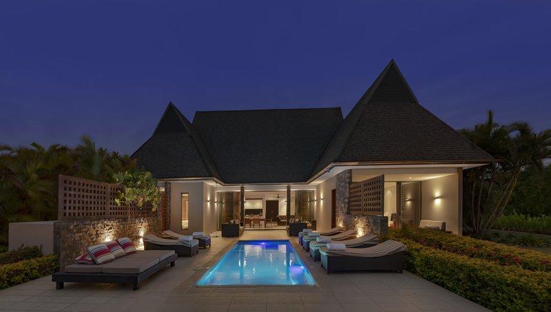 InterContinental Fiji Golf Resort & Spa - Natadola Suite - Evening View <br/>Image from Leonardo