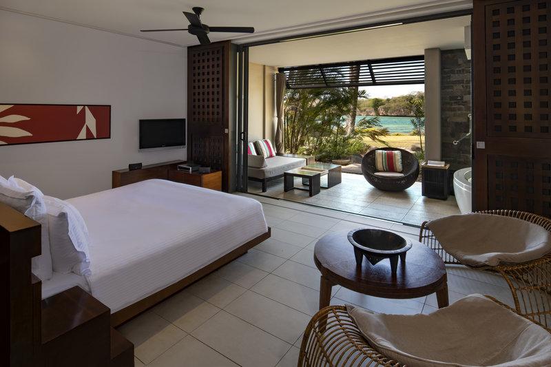 InterContinental Fiji Golf Resort & Spa-Lagoon King Bed Room<br/>Image from Leonardo