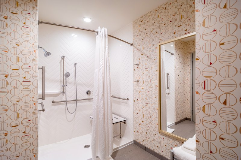 Holiday Inn Columbia Downtown-Guest Bathroom Mobility Accessible Roll-in Shower<br/>Image from Leonardo