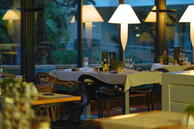 Holiday Inn Cannes-Fine Dining<br/>Image from Leonardo