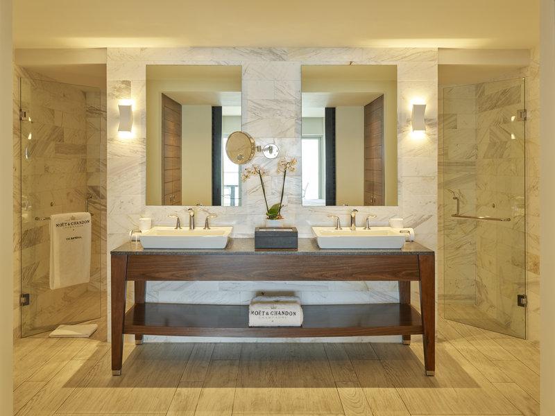 Grand Fiesta Americana Puerto Vallarta - SuiteMoet Bathroom <br/>Image from Leonardo