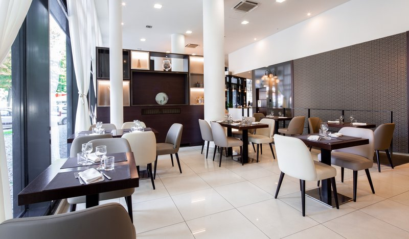 Holiday Inn Turin - Corso Francia-Restaurant<br/>Image from Leonardo