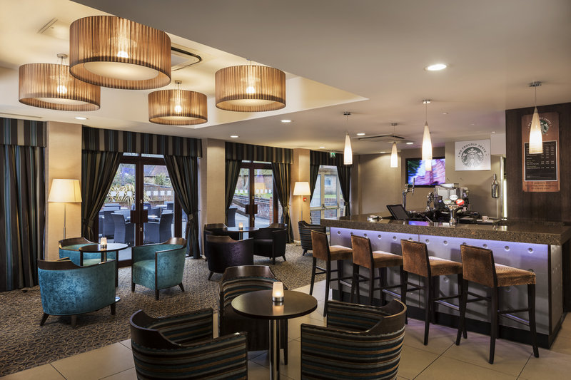 Holiday Inn London Gatwick - Worth-Bar and Lounge<br/>Image from Leonardo