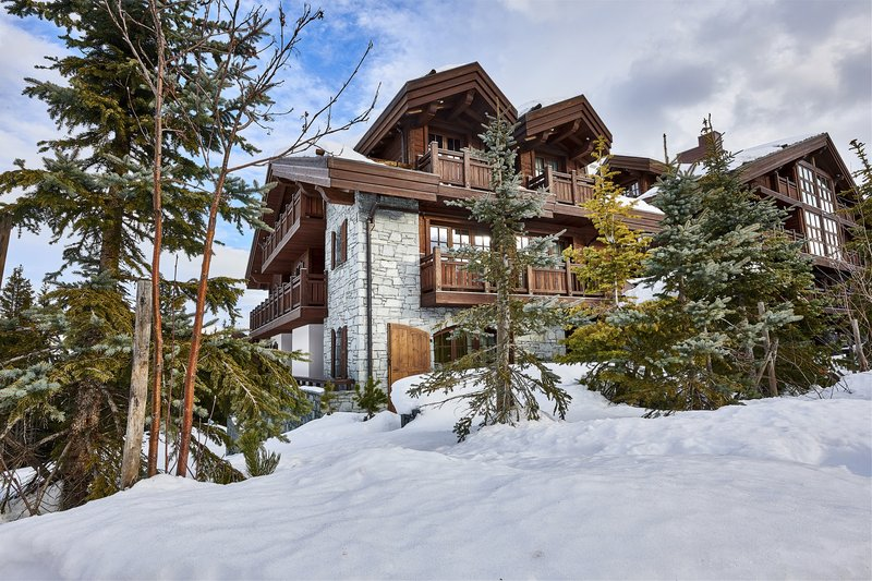 Mercure Courchevel Hotel-Front Chalets<br/>Image from Leonardo