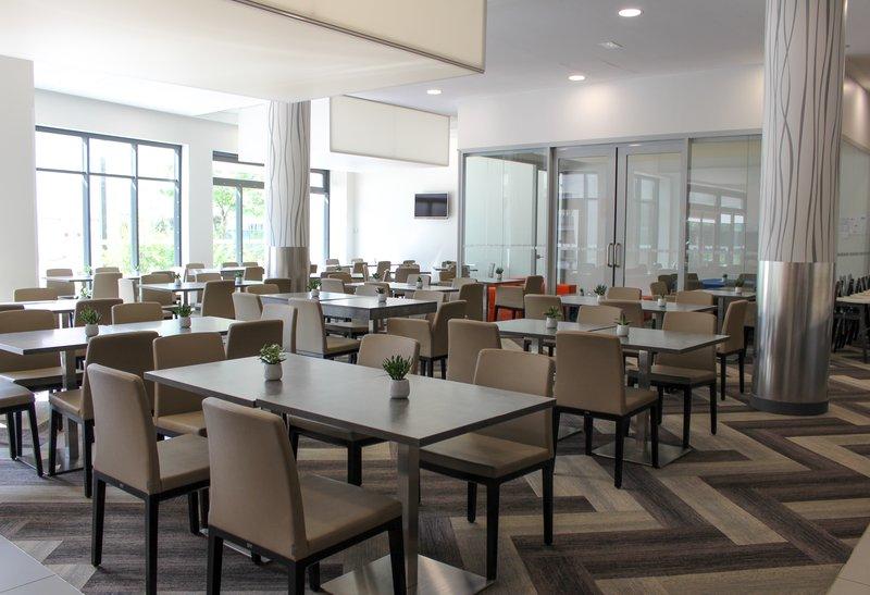 Holiday Inn Express Strasbourg - Centre-Breakfast Area<br/>Image from Leonardo