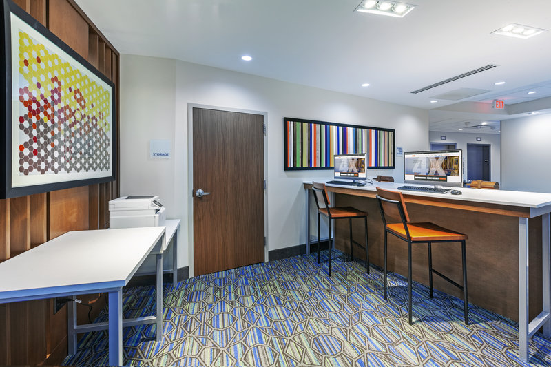 Holiday Inn Express And Suites Tulsa Northeast Owasso-Business Center<br/>Image from Leonardo