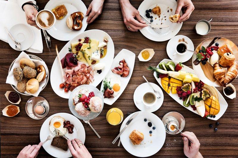 Le Meridien Stuttgart-Breakfast Restaurant<br/>Image from Leonardo