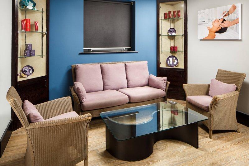Delta Hotels Nottingham-The Nottingham Belfry Spa - Lounge<br/>Image from Leonardo