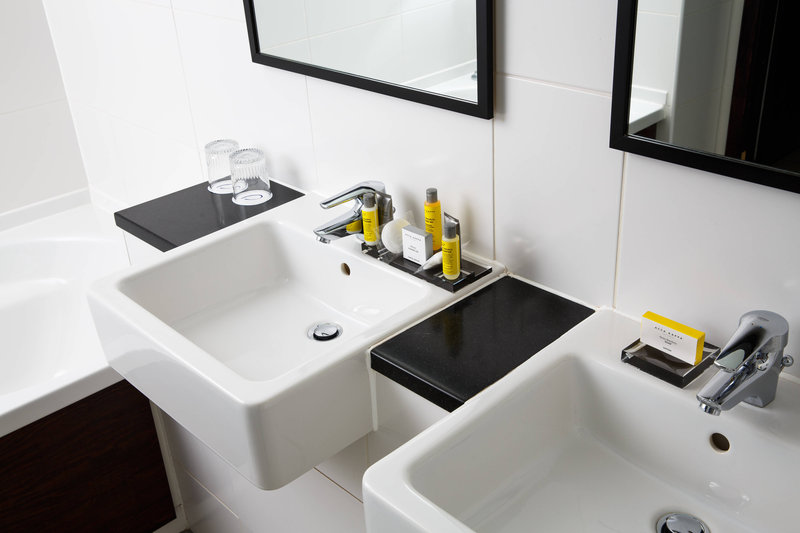 Delta Hotels Nottingham-Family Suite Bathroom<br/>Image from Leonardo