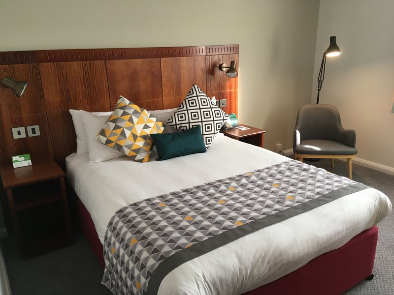 Holiday Inn Northampton-Guest Room<br/>Image from Leonardo