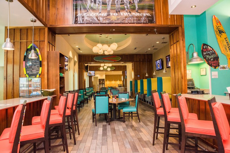 Holiday Inn Resort Pensacola Beach Gulf Front-Quality American comfort food, great sports, and good friends.<br/>Image from Leonardo