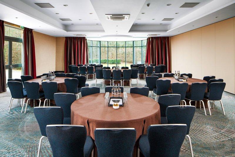 Delta Hotels Nottingham-Nelson Room - Cabaret Setup<br/>Image from Leonardo