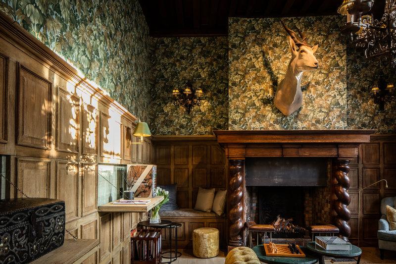 De Orangerie-The Salon Fireplace<br/>Image from Leonardo