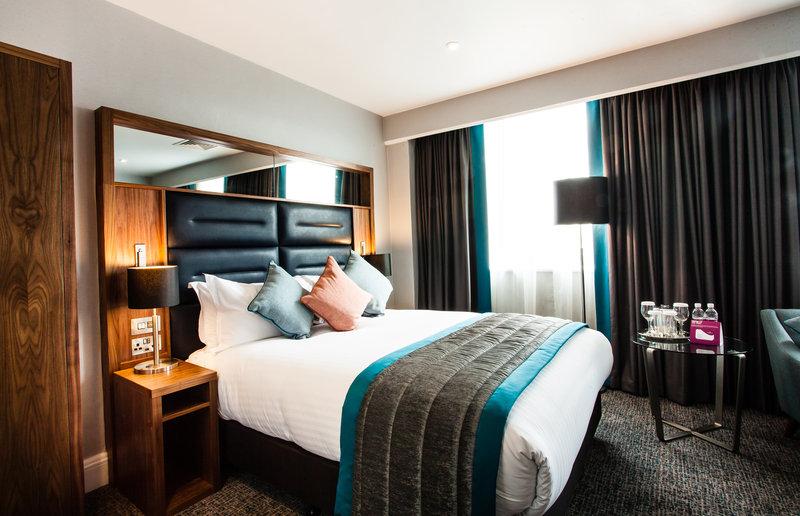 Crowne Plaza Leeds-King Bed Guest Room<br/>Image from Leonardo
