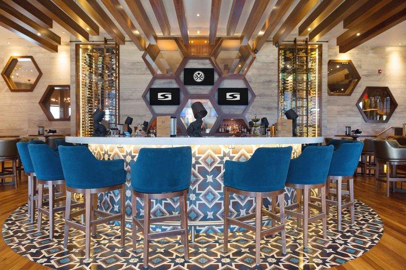 Sandman Hotel Calgary Airport-Chop Steakhouse & Bar<br/>Image from Leonardo