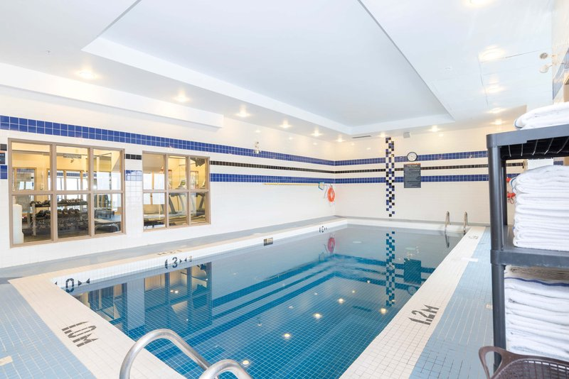 Sandman Hotel Calgary Airport-Indoor Pool<br/>Image from Leonardo