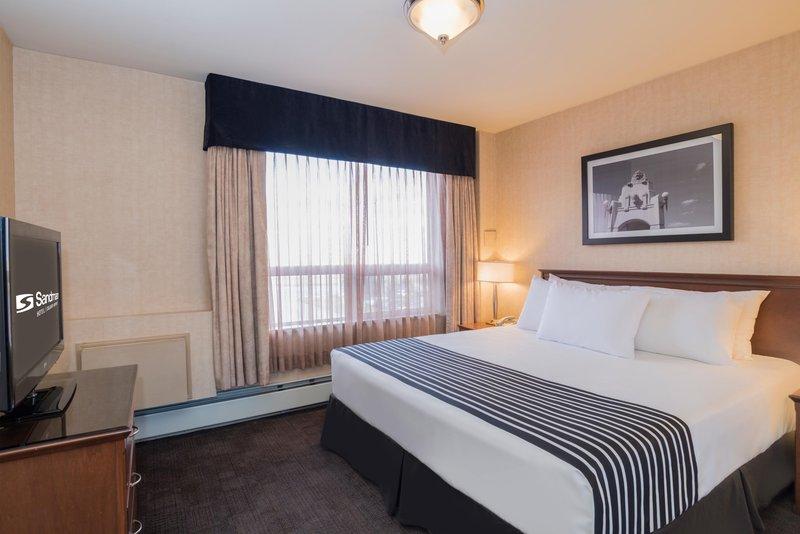 Sandman Hotel Calgary Airport-King Suite<br/>Image from Leonardo