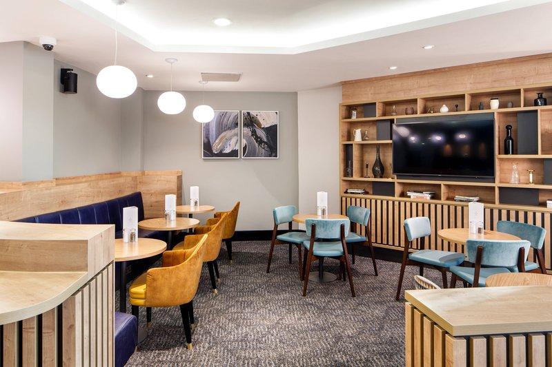Delta Hotels Nottingham-The Oaks Bar and Lounge<br/>Image from Leonardo